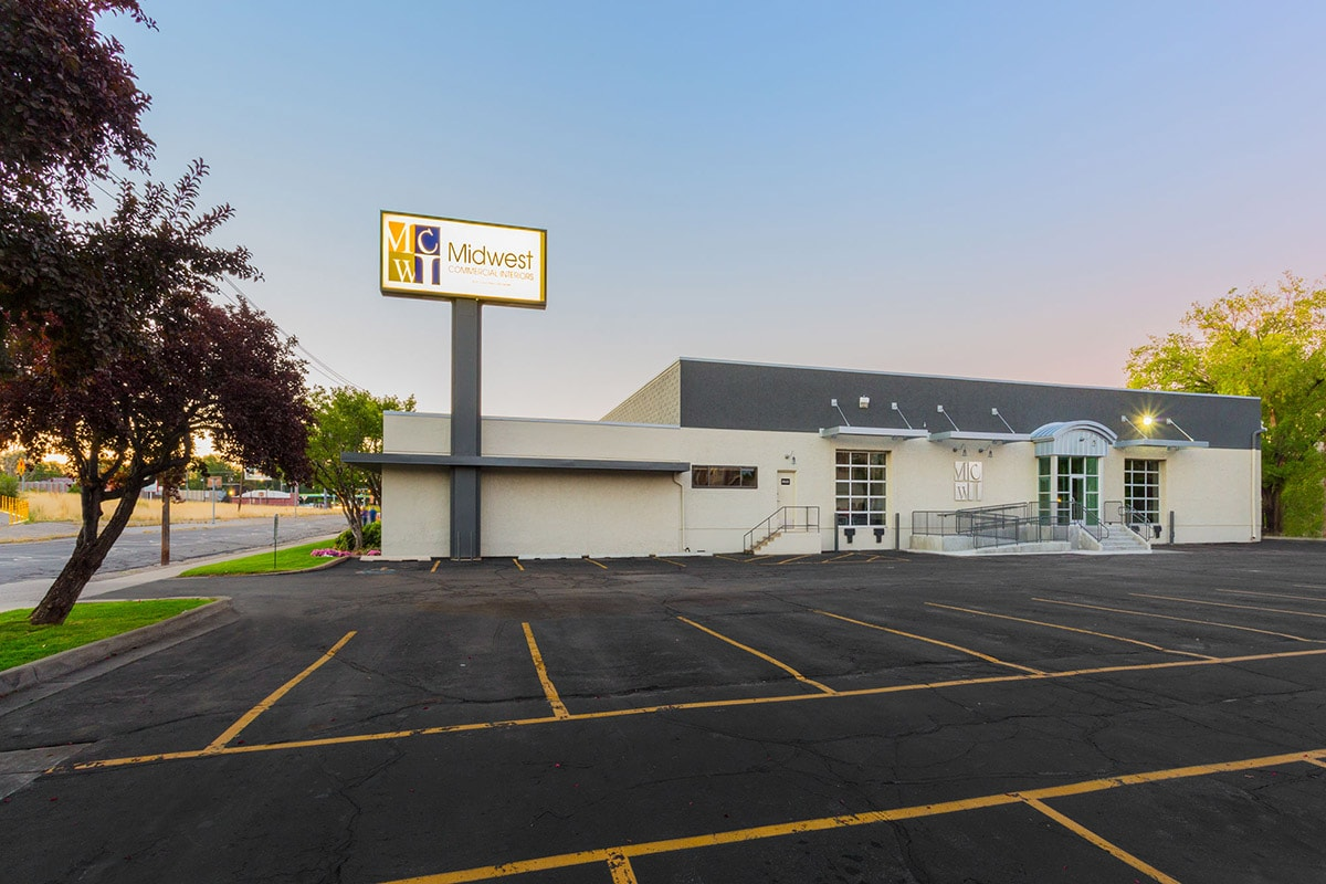 Nice ... Of Their Corporate Office Into A Class A Showroom For Office  Furnishings, Carpet And Acoustic Ceilings. As Part Of The Project, Big D  Also Added An ...